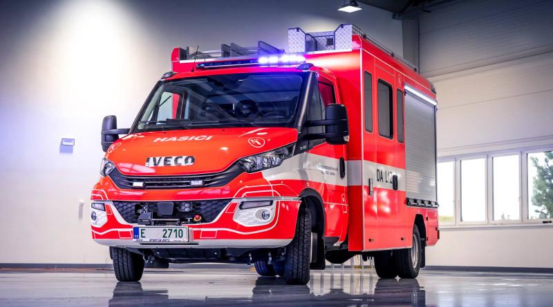 Víceúčelový dopravní automobil na podvozku IVECO DAILY
